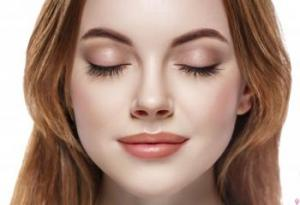 What are the procedures that patients must follow before and after rhinoplasty?